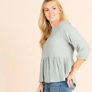Agnes And Dora collective top